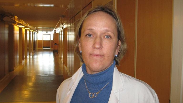 Malin Sund är professor i kirurgi vid Umeå universitet och överläkare på kirurgcentrum på NUS. Foto: Agneta Johansson/SR