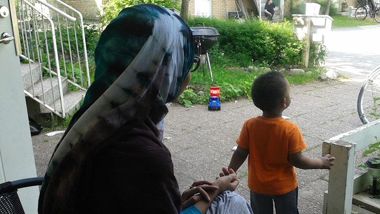 Maryan könsstympades som barn. Foto: Emelie Svedjer/SR