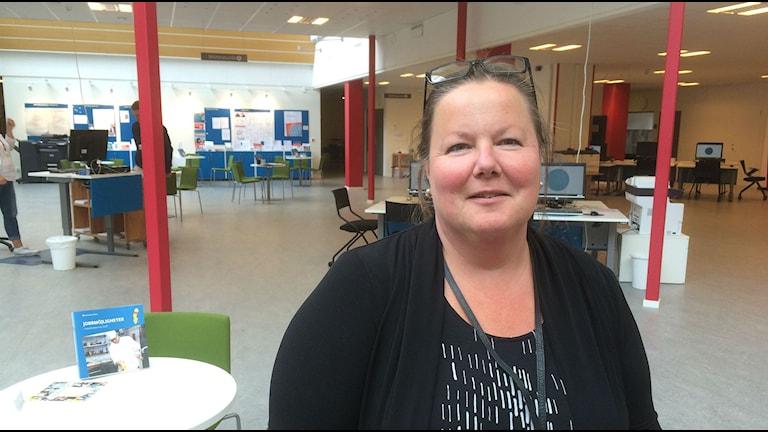 Carola Larsson, arbetsförmedlingschef i Umeå. Foto: Sara Wallin/SR