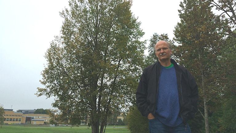Stefan Jansson, Professor vid Institutionen för fysiologisk botanik.