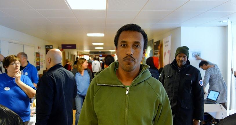 Kiflom som kommer från Eritrea och som bott i Sverige och Boliden i tre månader  foto Magnus Bergner/SR