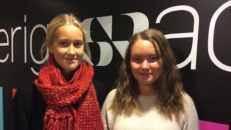 Elvira Lundgren och Ronja Johansson Foto Anette Olofsson