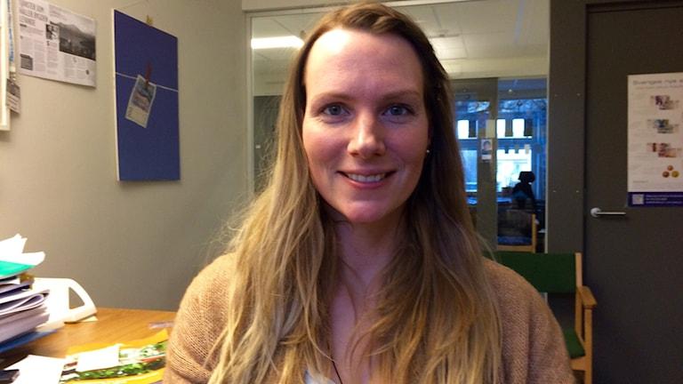 Elisabeth Karlsson, handläggare på Länsstyrelsens enhet för regional tillväxt. Foto: Olov Antonsson/Sveriges Radio