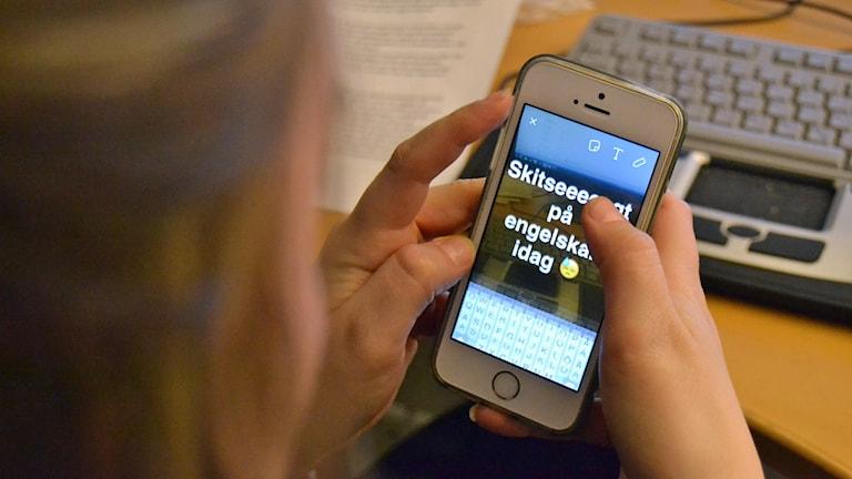 Mobiltelefon, snapchat, skola, mobil, elev, förbud, engelska, tangentbord, iphone