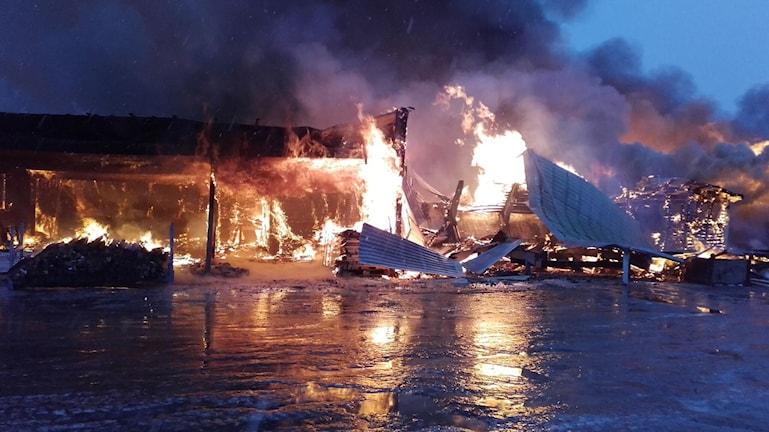 Brand i sågen Åbyn Byske