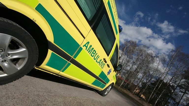 Ambulans foto: Nick Näslund SR