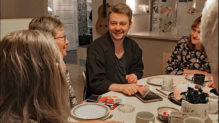 Mikael Berglund är en av författarna som besöker bokcirklar i Umeå.