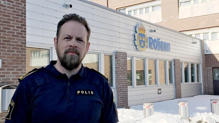 Marcus Nilsson, chef för gränspolisen i region Nord, utanför polishuset