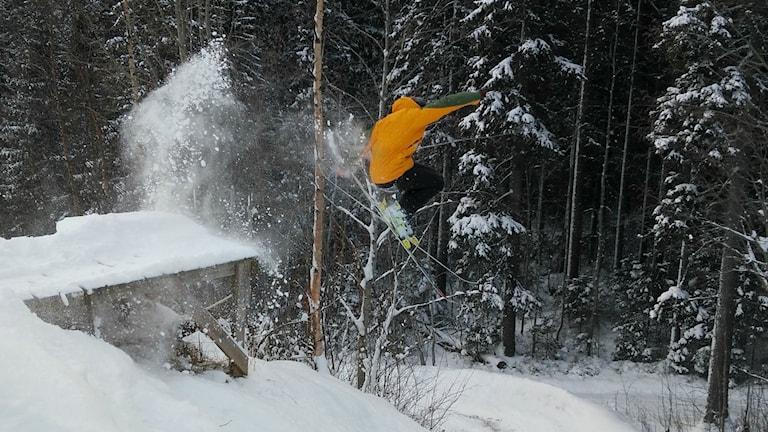 Skidor på Bräntberget i Umeå.