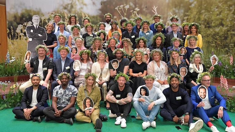 """Frivilliga i Facebook-gruppen """"Sommarprat 2019 på teckenspråk och skriven svenska"""" vill göra sommarprat tillgängliga för hörselskadade och döva."""