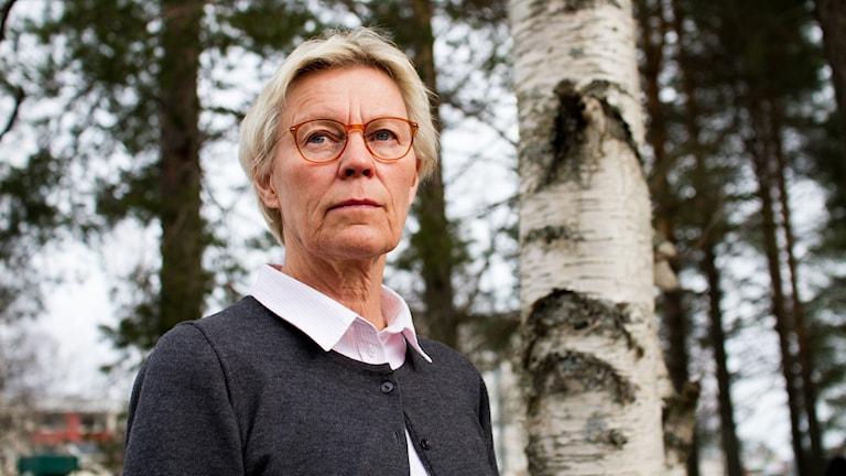 Professor Katarina Hamberg, överläkare vid Institutionen för folkhälsa och klinisk medicin vid Umeå Universitet