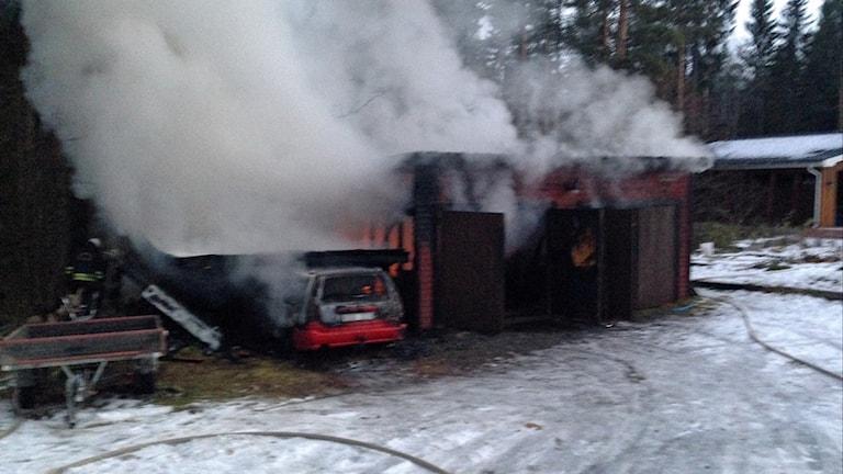 Garagebrand, Boliden. Foto: Räddningstjänsten.