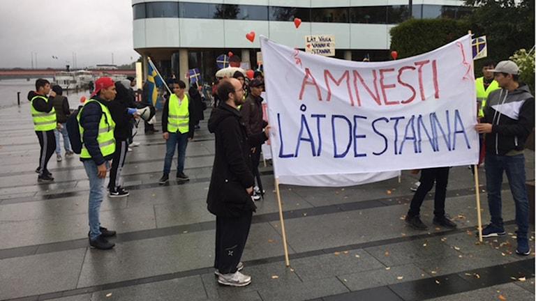 Manifestation i Umeå mot utvisningar till Afghanistan  Foto Pia Diaz Bergner