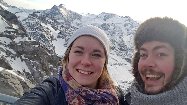 Jenny Nilsson och Simon Österborg Wiklund på semester i Alperna.
