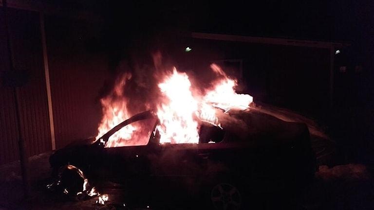 Bilbrand i burträsk.