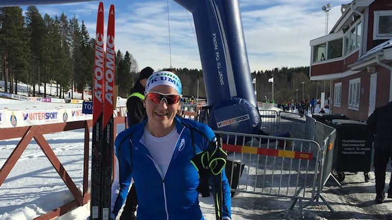 Linn Sömskar glad efter vinst på 15 km i Skellefteå