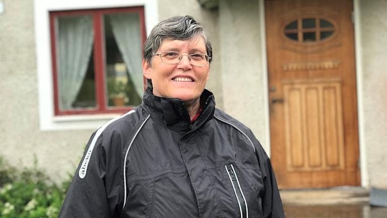 EFS-Pastor Kristina Eriksson i Bjurholm, efter en tältnatt med scouterna.