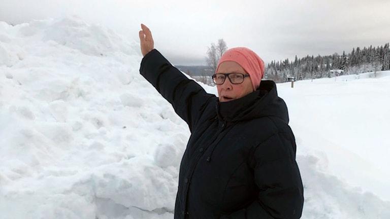 Iris Linder tycker det räcker med snö nu.