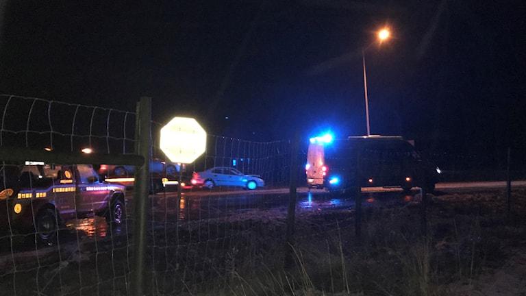 Två bussar och tre personbilar var inblandade i en krock på E4