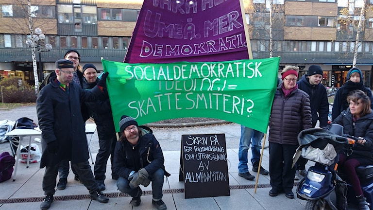 Protester mot lägenhetsförsäljning. Foto: Ingrid Marklund, Sveriges Radio.