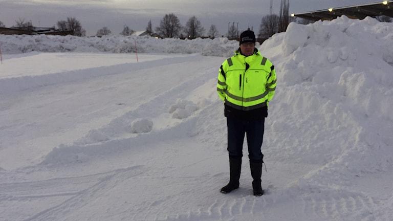Mikael Wiklund, Skellefteå Fritid vid snöhögarna som ska bli skoterbana.