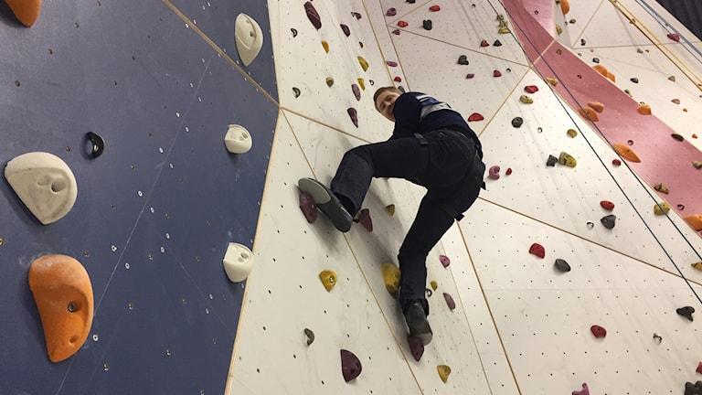 Reporter Hjalmar Åman provar 2018 års SM-klättervägg