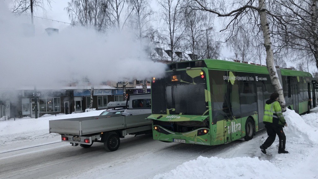 Umeå skrotar elbuss-avtal - P4 Västerbotten