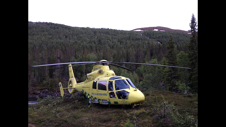 Ambulans, helikopter, nus