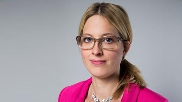 Helene Öberg (MP) är statssekreterare åt utbildningsministern Gustav Fridolin (MP).
