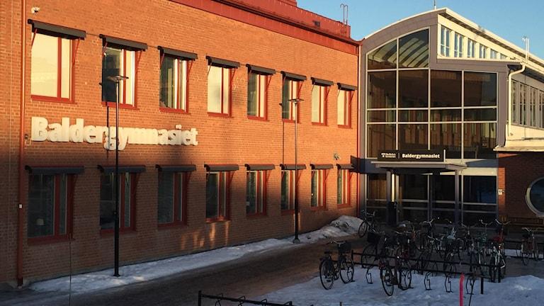 Entrén till Baldergymnasiet i Skellefteå.
