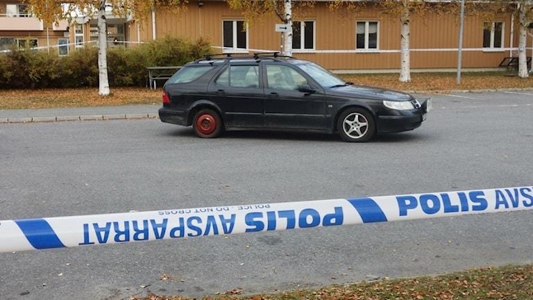 Polisavspärrning vid Morö Backe torg i Skellefteå