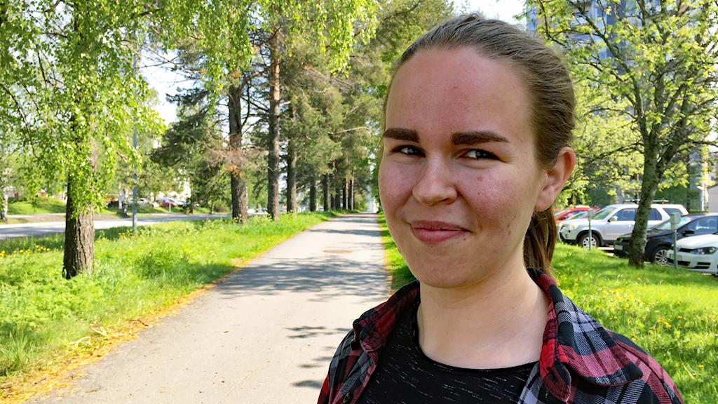 Porträttbild på Umeåpoeten Andra Anna som vann i helgen SM i poetry slam foto Markus Åkebo Sveriges Radio
