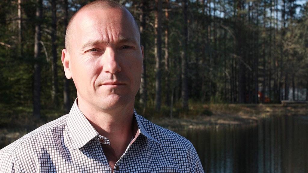 Olli Joenväärä, kommunchef i Dorotea, är bekymrad över ekonomin