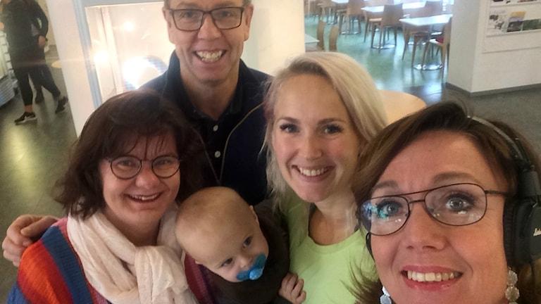 Fredagspanelen i P4 Västerbotten består av Mia, Thomas, Marika och samtalsledare Åza Meijer.