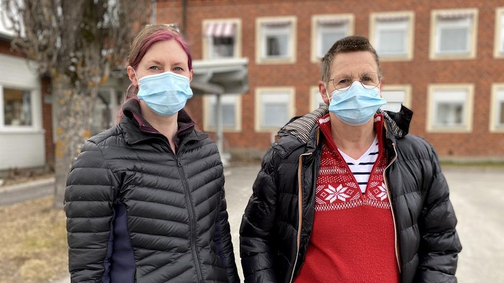 Malin Eriksson och Maggie Thudin, omvårdnadspersonal och skyddsombud på hemtjänsten i Bjurholm.
