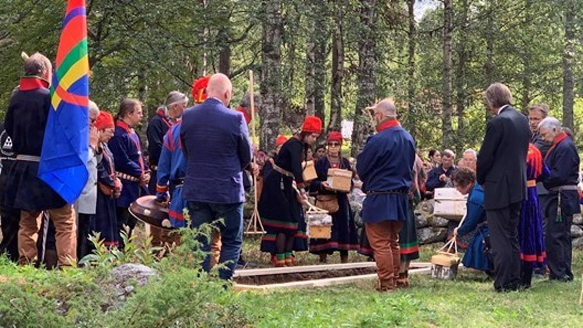 25 kranier återbördades till Gammplatsen i Lycksele under urfolksdagen 2019.