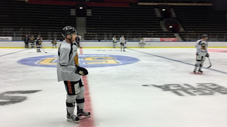 Skellefteå AIK värmer upp inför säsongspremiären i SHL