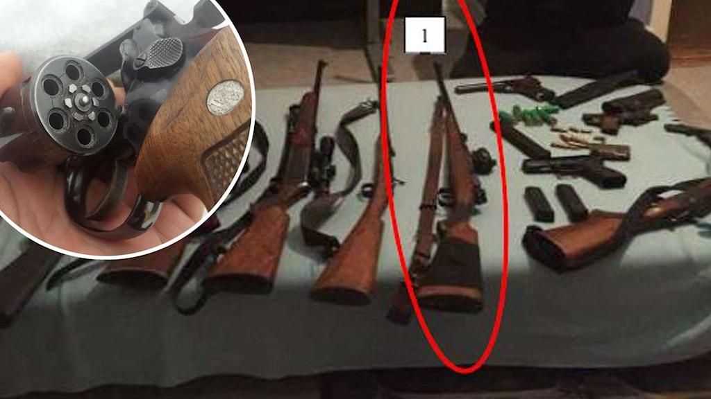 Till vänster en närbild på en revolver och till höger bilder på vapen som ligger utlagda på ett bord.