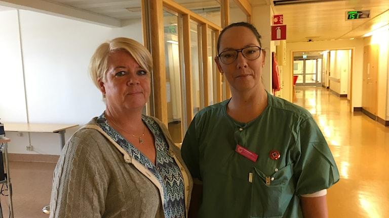 Maria Söderlund och Jenny Berglund vid länssjukhuset i Sundsvall.