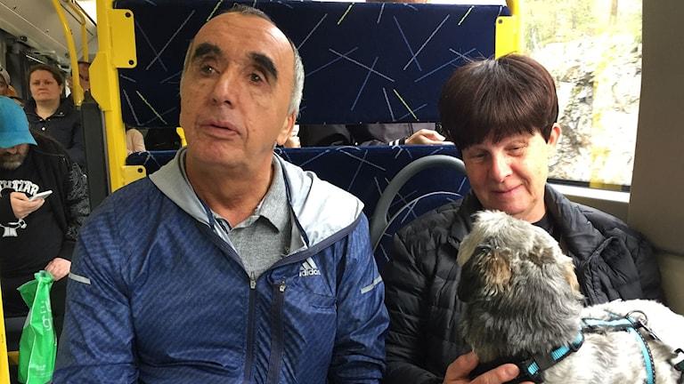 Kamal Suleymani och  Anita Eklöf på Synskadades riksförbund i Västernorrland.