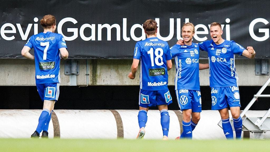 GIF Sundsvall jublar efter 1-0 i matchen mot Örgryte.