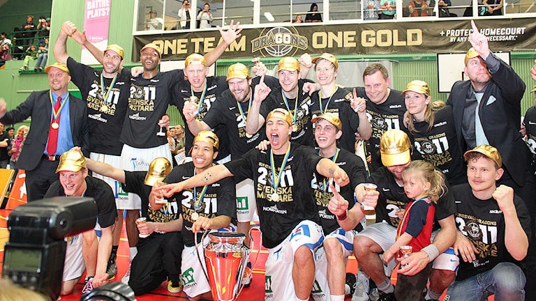 Sundsvall Dragons är svenska mästare 2011! Foto: Therés Ulander.
