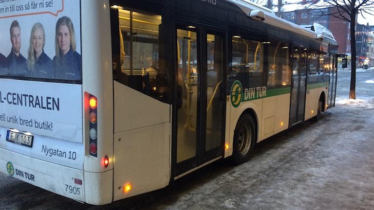 Buss Övik