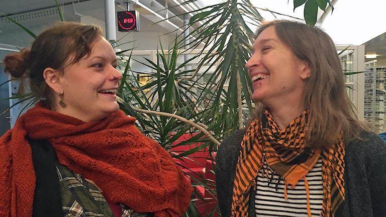 Siri Holm och Ulrica Bodén, glada över kulningens medvind.