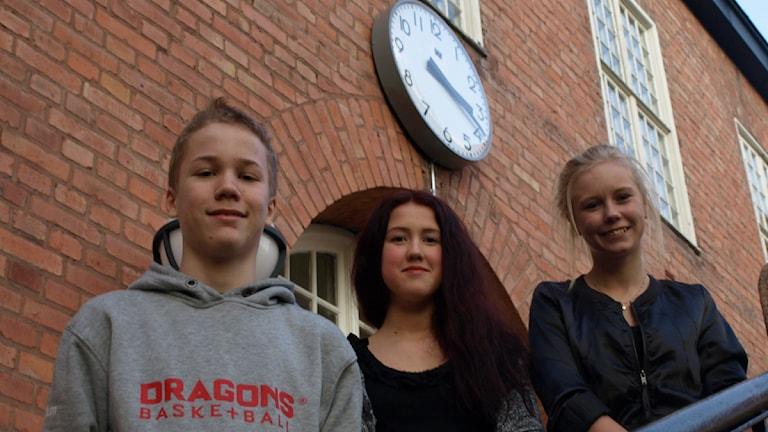 Max Hansson, Olivia Hübenette och Emma Johnsson på Engelska skolan, 8b. Foto:MIkael Andersson