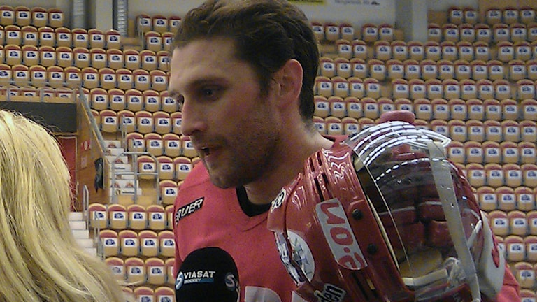 Per Hallin, Timrå IK, Lagkapten. Foto: Christer Jonasson / Sveriges Radio
