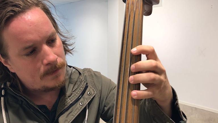 Patrik Grundström drar sig inte för vågade musikaliska blandningar.