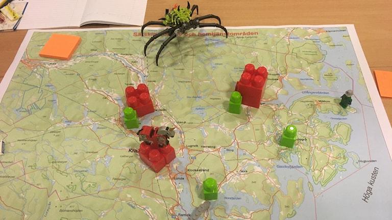 Karta Kramfors kommun med legobitar