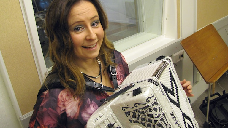 Karina Nilsson, dragspelare. Foto: Karin Lönnå/Sveriges Radio