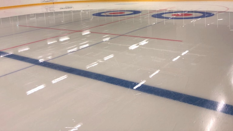Curling linjeringar i Kalmar ishall.
